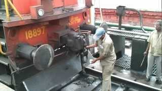 Download Diesel Engine connecting to a Train (Coupling) Video