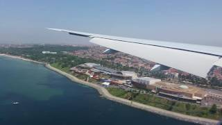 Download Turkish Airlines Boeing 777-300ER - Landing at busy Istanbul Atatürk Airport Video