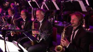 Download I Can't Stop Loving You - BBC Proms 2016, Quincy Jones and the Metropole Orchestra Video
