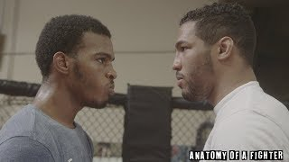 Download Kevin Lee coaches his brother Keith Lee in a sparring session with Joseph Benavidez Video