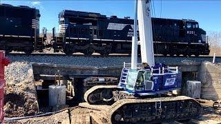 Download Train Crosses Collapsed Bridge! Video