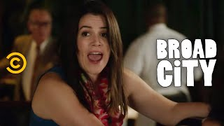 Download Broad City - Abbi's ″Mrs. Doubtfire″ Moment Video