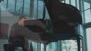 Download John Maul plays Roland Piano Video