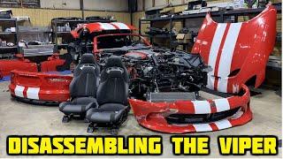 Download Rebuilding a Wrecked 2017 Dodge Viper GT Part 3 Video