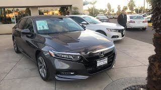 Download Live: 2018 Honda Accord EX-L headlights low light sound system and more. Anything else? Video