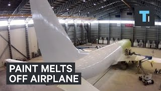 Download How Planes Get A Fresh Coat Of Paint Video