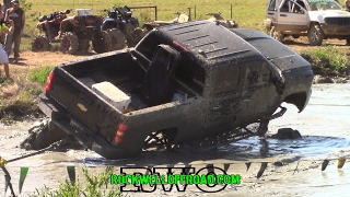 Download BIG TRUCKS HIT THE BOUNTY HOLE AT MUD TRUCK MADNESS!!! Video