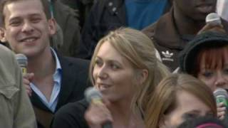 Download T-Mobile Sing-along Trafalgar Square (extended version) Video