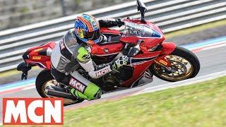 Download Pirelli Diablo Rosso Corsa II   Tyre Launch   Motorcyclenews Video