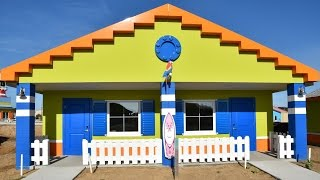 Download LEGOLAND Florida Beach Retreat - First Look Inside Bungalows - Opens April 7th, 2017 Video