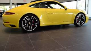 Download 2017 Porsche 911 Carrera 4S Video