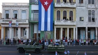 Download Castro's ashes begin procession Video