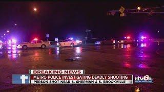 Download Man shot, killed on Indy's east side Video