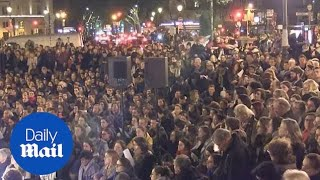Download Notre Dame: Vigil held in Paris to pay tribute after fire Video
