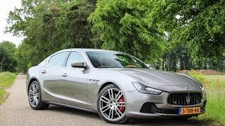Download Maserati Ghibli SQ4 loud revs and acceleration Video