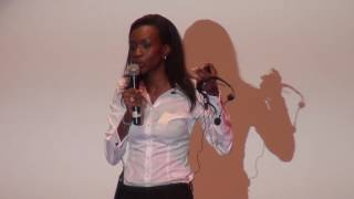 Download Trouver ma voie dans le capital risque en Afrique | Laureen Kouassi-Olsson | TEDxAbidjanSalon Video