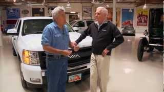 Download Via Motors VTRUX - Jay Leno's Garage Video