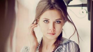 Download What Features In Women's Faces Do Men Find Hot? Video