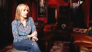 Download J. K. Rowling - A Year In The Life (TV, documentary, 2007) (Egy év J. K. Rowlinggal, dokumentumfilm) Video