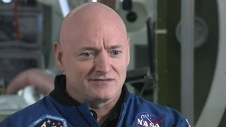 Download Scott Kelly adjusting back on Earth after year in space Video