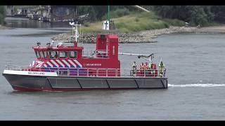 Download Reddingsactie van vastgelopen jacht tegen de Waalbrug in Nijmegen Video