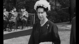 Download Queen Elizabeth II honors President Kennedy (1965) Video