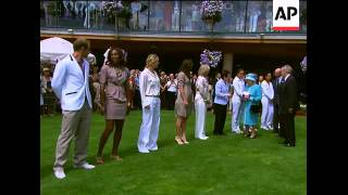 Download Queen at Wimbledon for first time since 1977, meets players Video