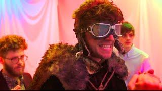 Download Oscar's Hotel | KickthePJ Video