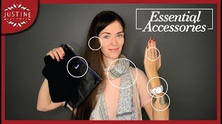 Download 10 essential accessories | CAPSULE GUIDE | Justine Leconte Video