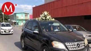 Download Dan último adiós a maestra que murió en tiroteo en colegio en Torreón Video