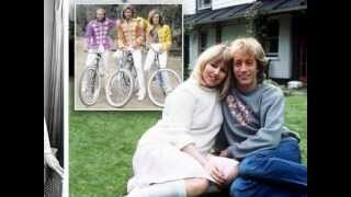 Download Bee Gees - Don't Forget to Remember - Bee Gees Remember (4/7) Video