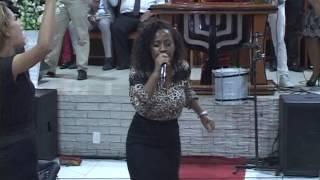 Download Família Weslley canta Depois da luta no Culto Celebrai in Jardim Anhangá Video