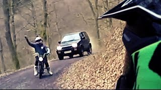 Download Angry Forester chase - FAIL Video