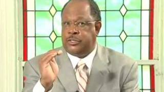 Download Black preacher explains why he hates blacks Video