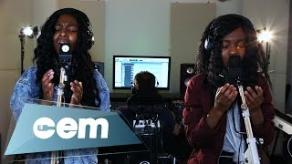 Download Zoe Grace - At The Cross (Chris Tomlin Cover) : Cem Studio Covers Video