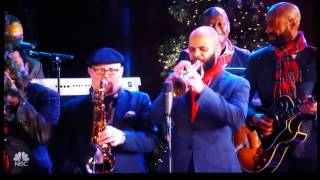Download The Roots LIVE at 2016 Rockefeller Christmas Tree Lighting Video
