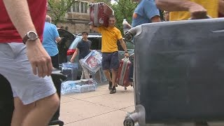 Download Move-in day at Yale Video