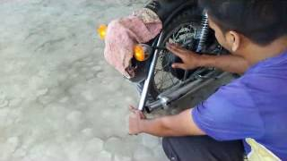 Download royal enfield classic tyre problem video hindi me Video