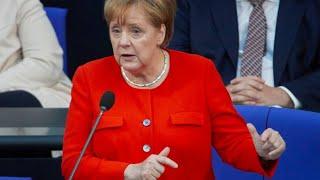 Download So kühl kontert Merkel die AfD-Rücktrittsforderung Video