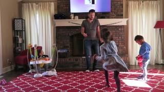Download Bruno Mars - 24K Magic (Dad Dances w/ Kids) 😂 🙌🏻 Video