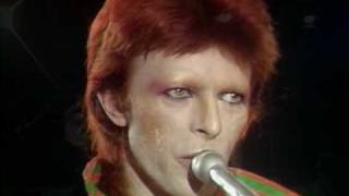 Download David Bowie - Space Oddity live excellent quality Video