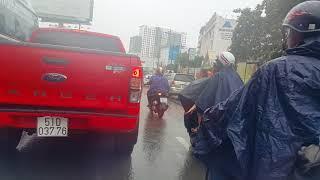 Download Trực tiếp Bão Damrey, quét qua Sài Gòn,Tân Sơn Nhất Airport,VN 4.11.2017 Video
