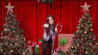 Download Jenna Ortega - Guess the Stocking | Radio Disney Video