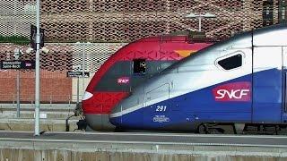Download Trains en gare de Montpellier St Roch - Montpellier Station Video