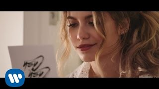 Download Cash Cash - How To Love ft Sofia Reyes Video