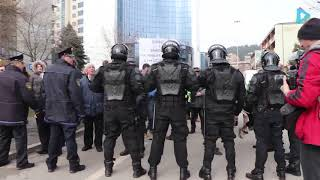 Download Protest kupaca stanova u SPO ″15 maj″ u Tuzli Video