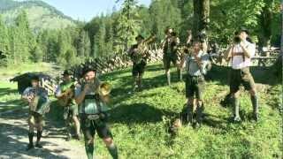 Download Tegernseer Tanzlmusi - Boarisch tanz ma (Siebenhütten) Video