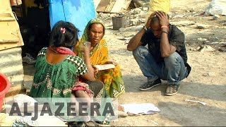 Download India's poor frustrated over cash shortages Video