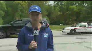 Download Crews find body inside burning car in Warren Video