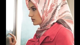 Download Beautiful Women Hijaber First Walk Videos | ADHE TV Channel Video